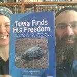 Rabbi Eliyahu and Shoshanah Shear with their book Tuvia Finds His Freedom